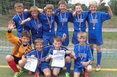 Jüngste Fußballer für Jugend-trainiert-Bundesfinale qualifiziert