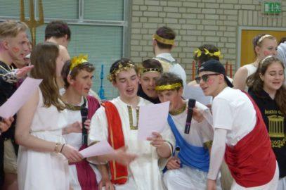 Die Götter verließen die Schule…